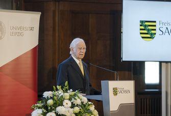 Prof. Dr. Kurt Biedenkopf wurde die Ehrendoktorwürde der Universität Leipzig verliehen.