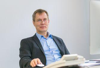 Prof. Dr. Dirk van Laak