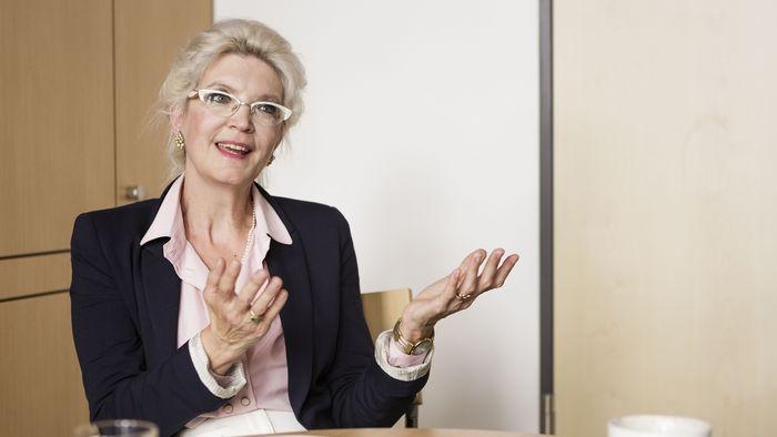 Auf dem Bild ist Prof. Dr. Charlotte Schubert zu sehen.
