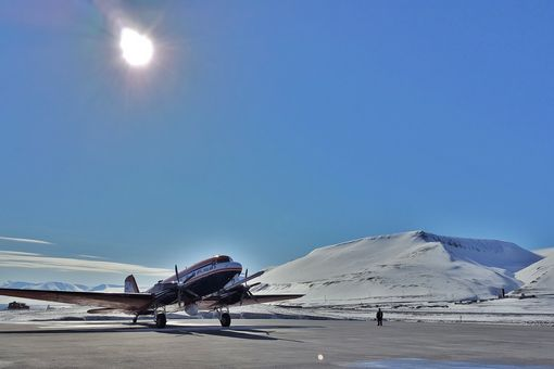 Polar 5 research aircraft of the Alfred Wegener Institute in the Arctic.