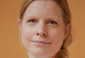 Auf dem Bild ist PD Dr. Corinna Pietsch zu sehen.
