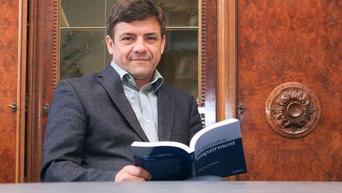 Prof. Dr. Christian W. Glück leitet die Studie zu Sprachentwicklungsstörungen bei Schülern.