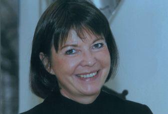 Das Bild zeigt Professorin Birgit Harress im Porträt.