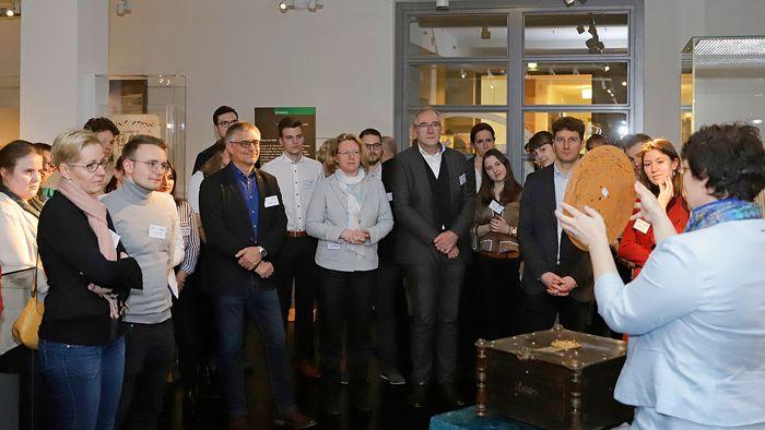 Förderer-Stipendiaten-Treffen im Musikinstrumentenmuseum