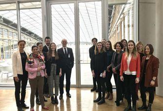Gruppenbild des Projektteams der Nachhaltigkeitsstudie.