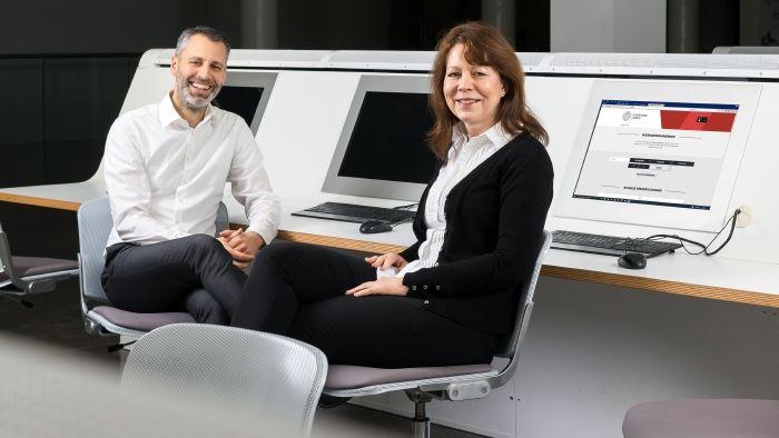 Personalentwickler Thomas Arndt und seine Mitarbeiterin Christine Schwarz-Schiefer. Foto: Swen Reichhold