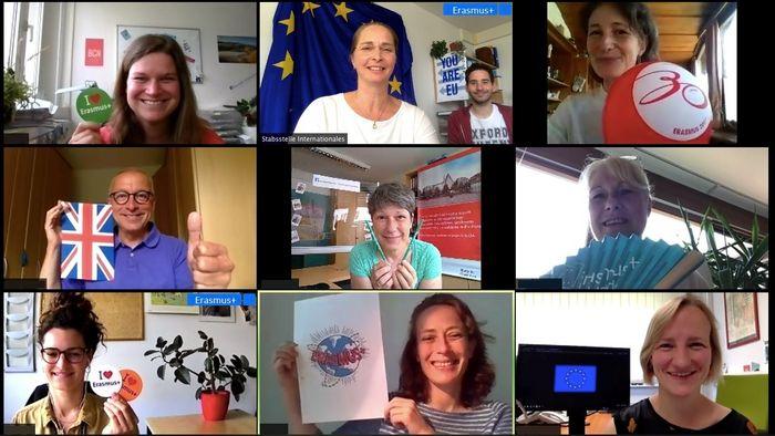 Das Erasmus-Team der Stabsstelle Internationales ist für die Programmumsetzung an der Universität Leipzig zuständig und trifft sich aktuell zur gemeinsamen Abstimmung virtuell.